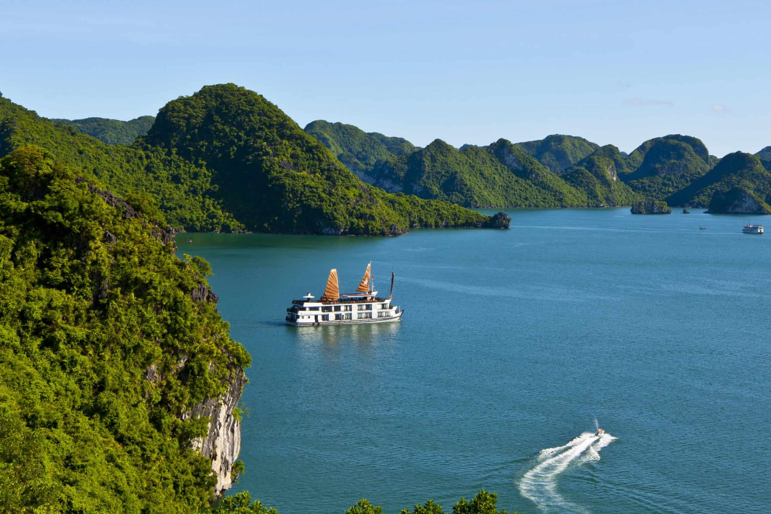 Attraction map in Halong Bay