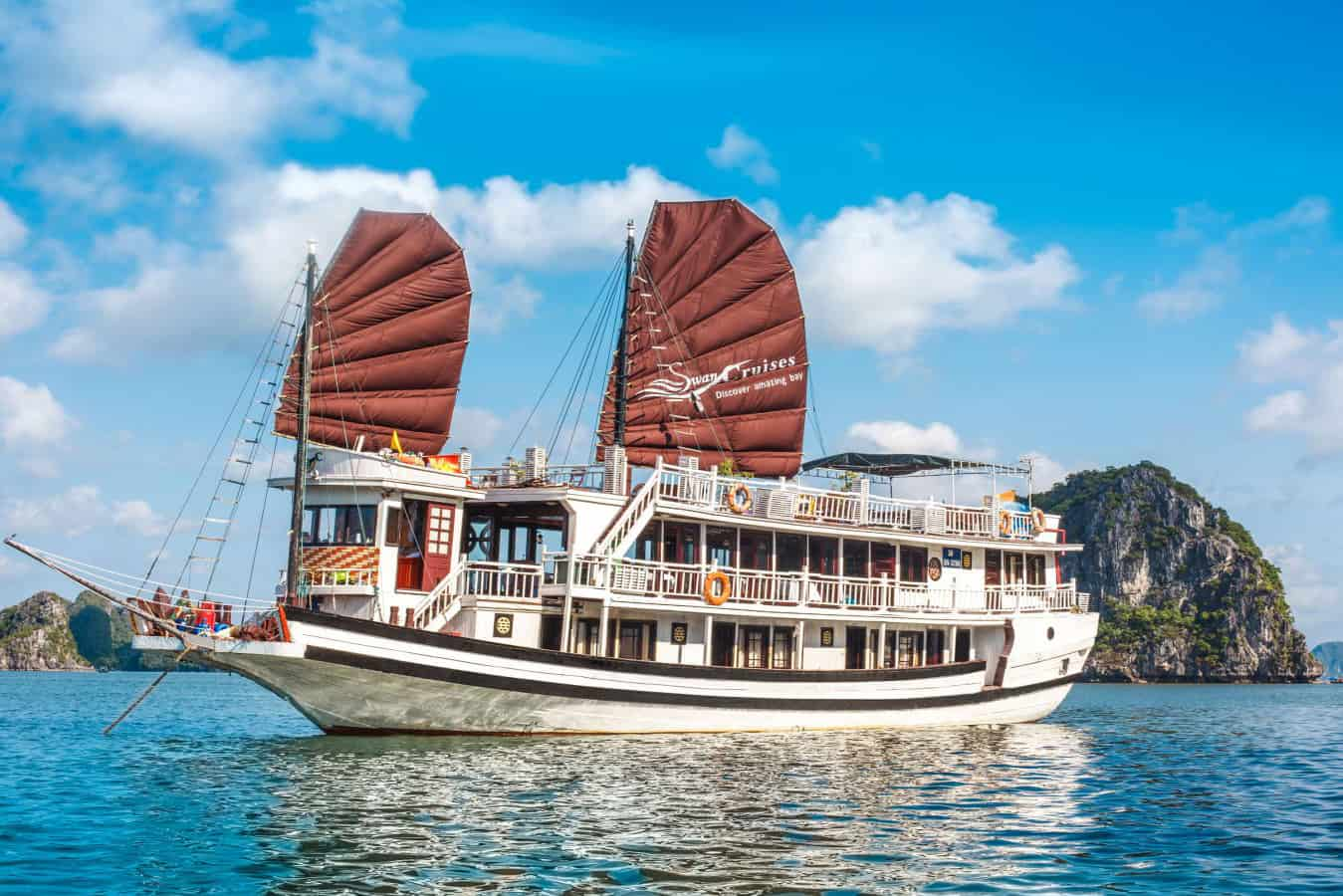 Cruising in Halong bay in January