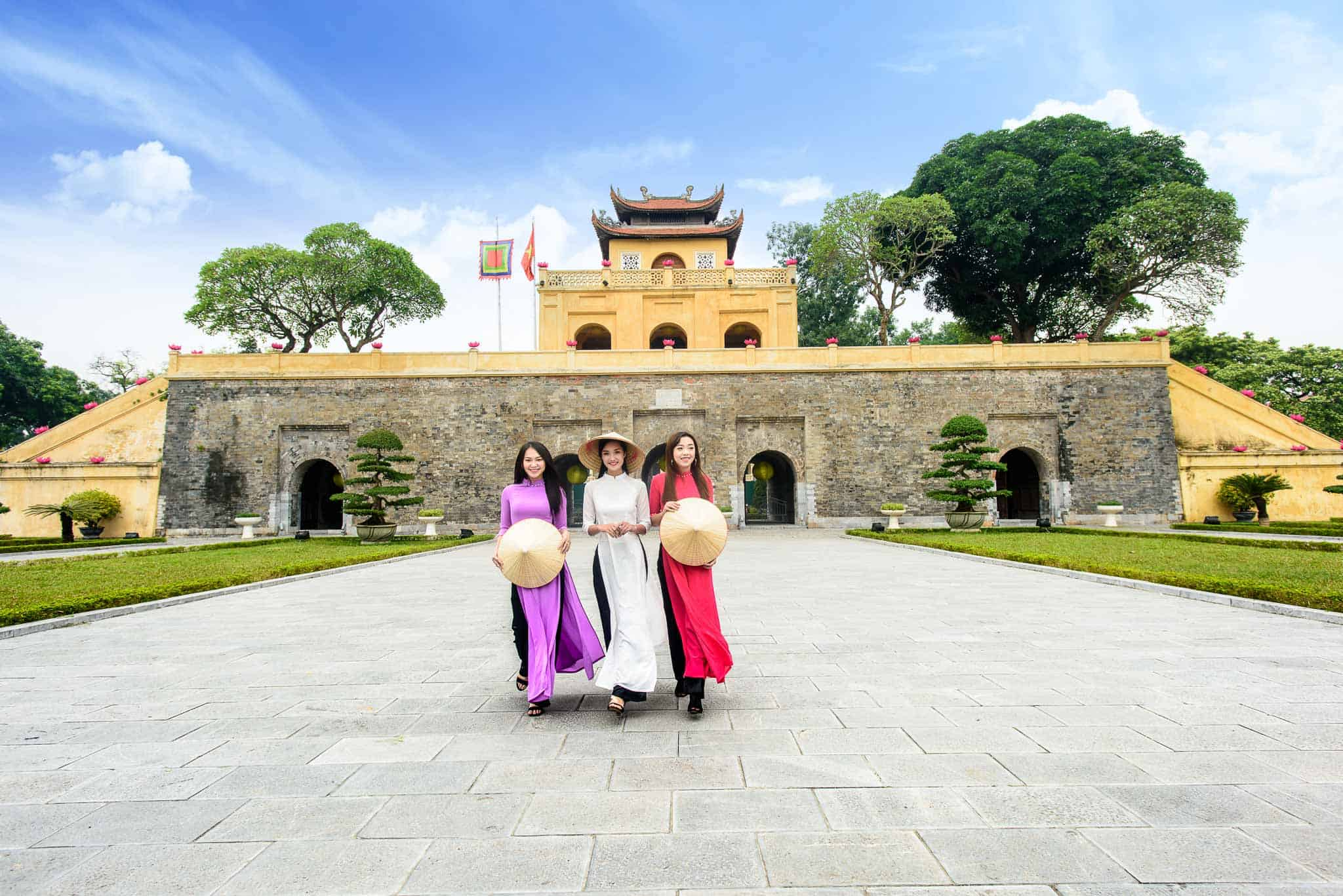 Cultural values of imperial citdel of Thang Long