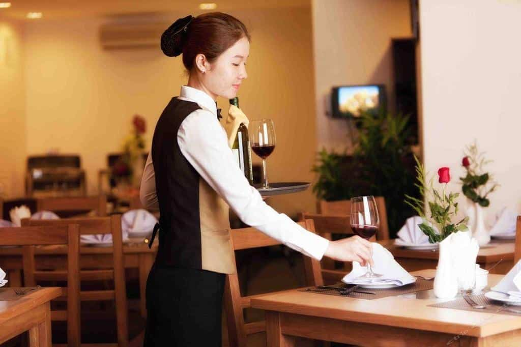Is it legal and customary to tip in Vietnam