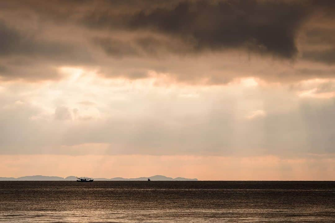 Sunrise on Quan Lan island