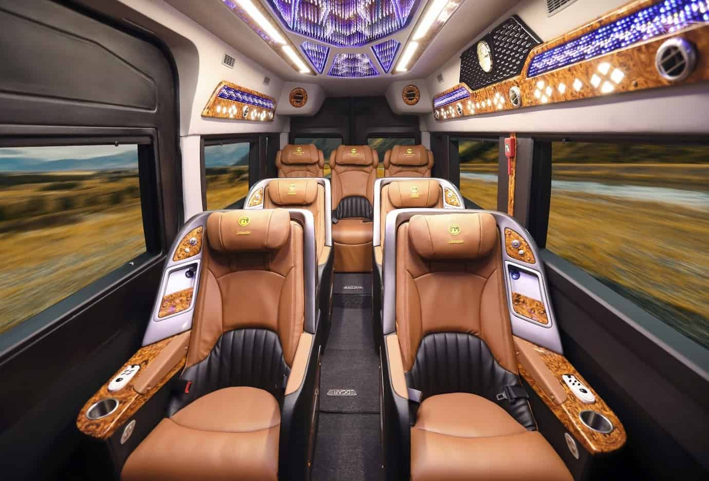 Travel from Hanoi to Halong Bay by shuttle bus
