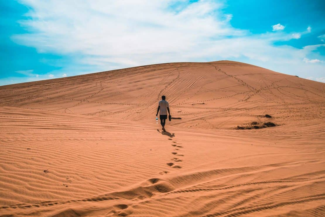 Visit the Red and White Sand Dunes - What to do in Mui Ne Vietnam