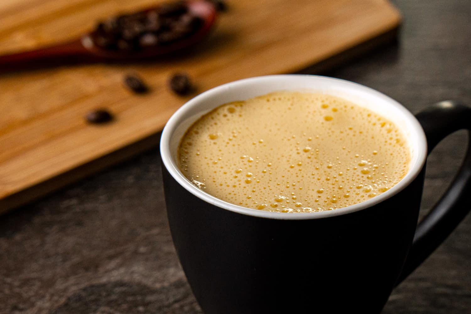 What to eat in Hanoi during 2 days - Egg coffee