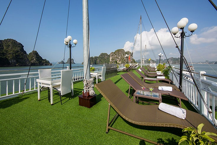 3-Day Cruise on Halong Bay with Kayaking, Swimming, Cooking Class