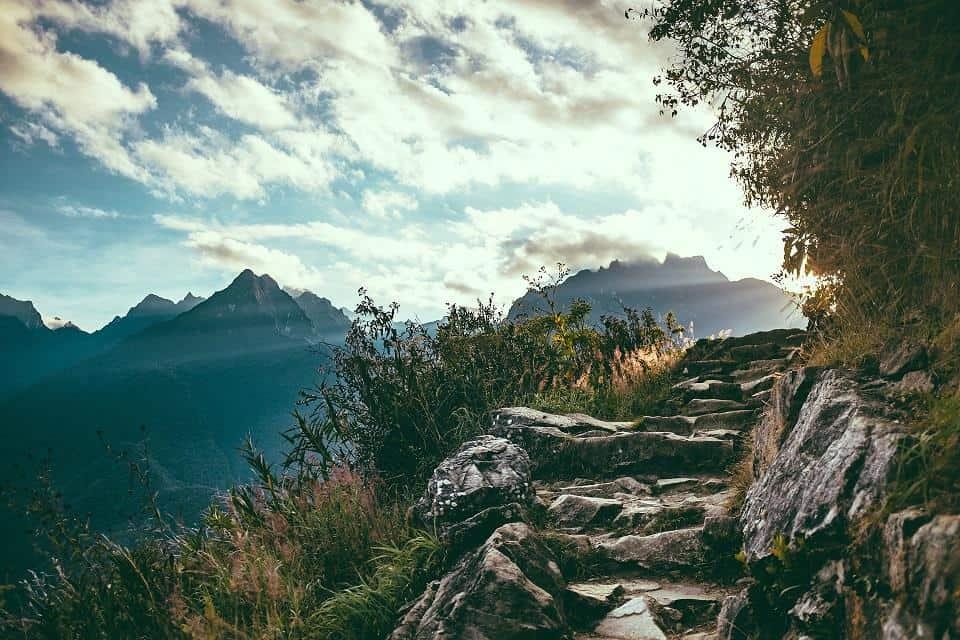 Tay Con Linh mountain