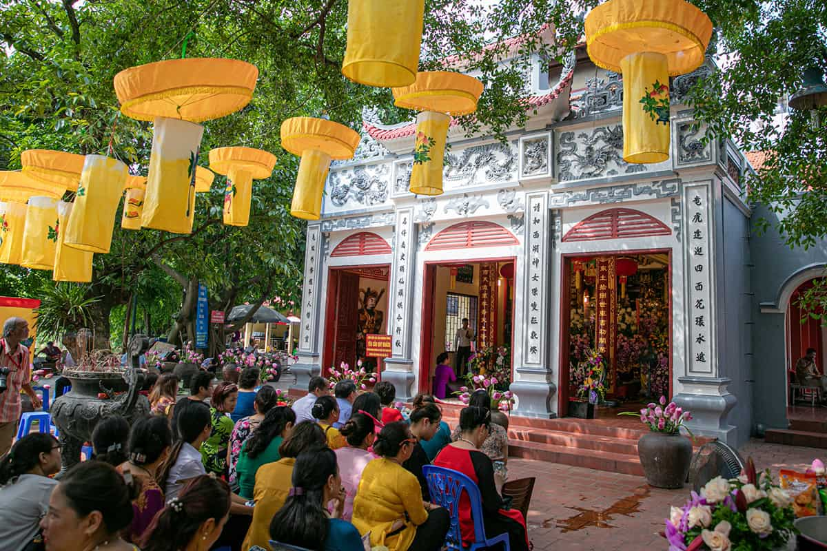 Join Tay Ho temple festival - Activities in Tay Ho Temple