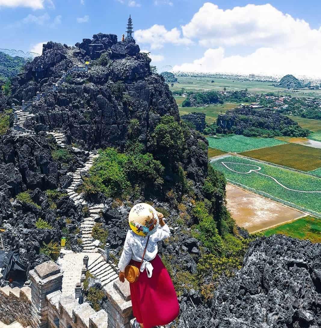 Activities in and around Mua caves in Ninh Binh