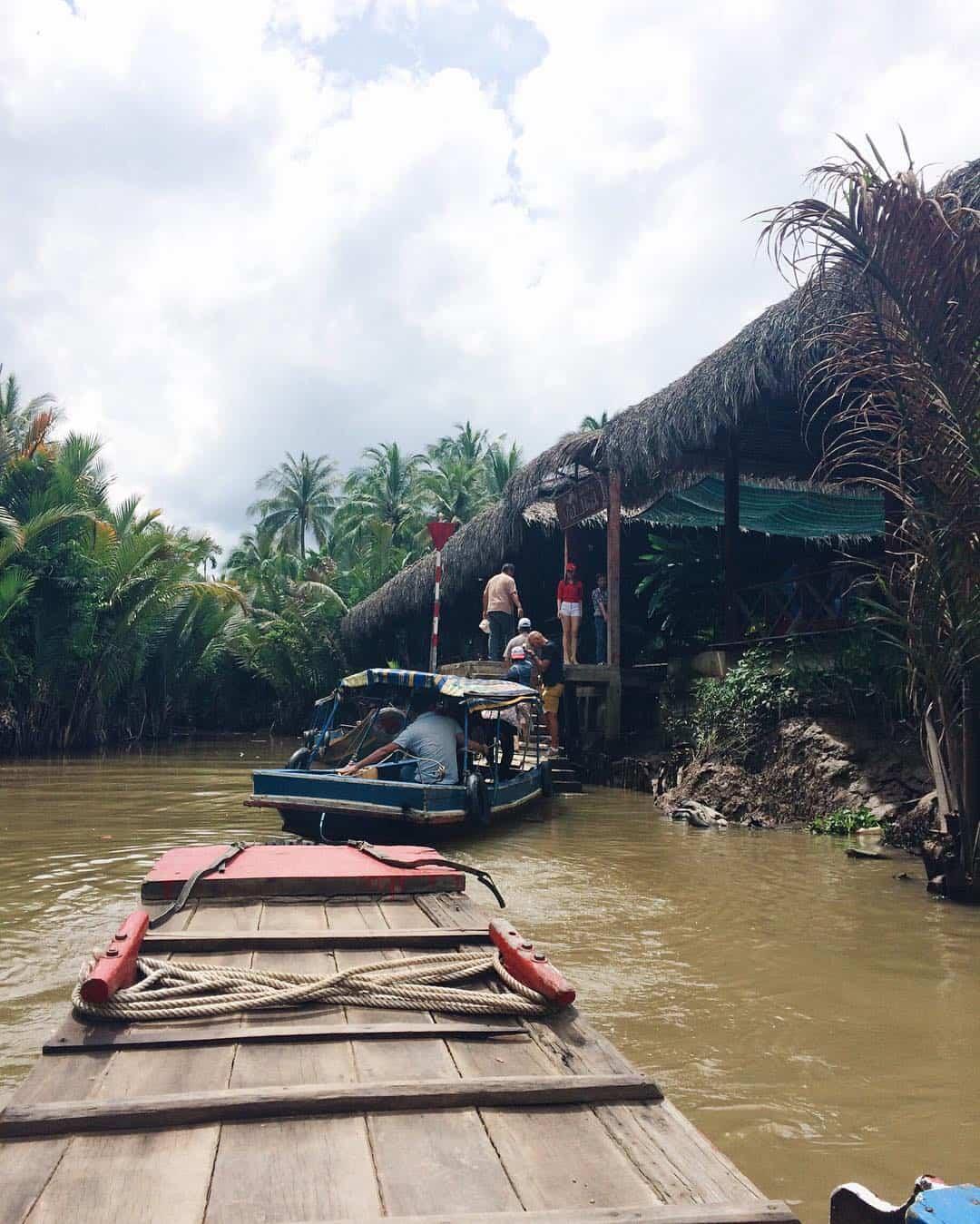 Boat ride in Tan Phong island