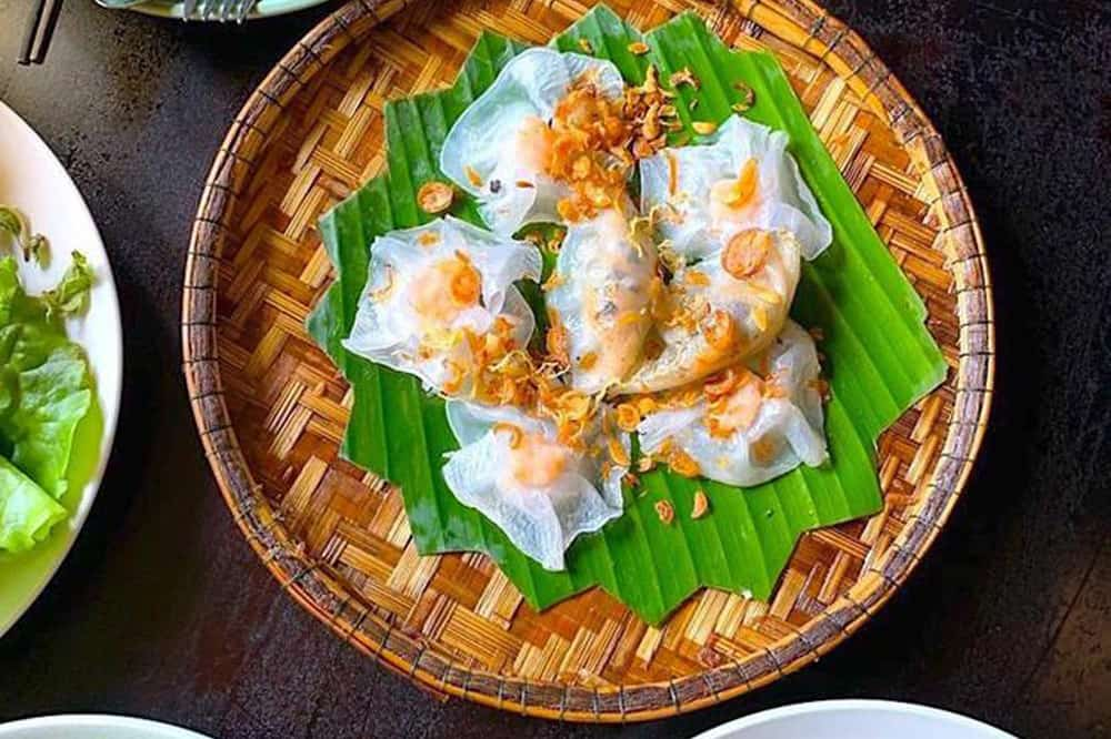 How does Banh Vac taste