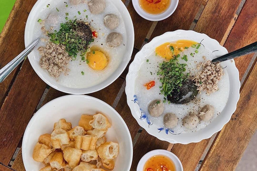 Rib Cartilage Porridge - Chao suon sun (grab.com)