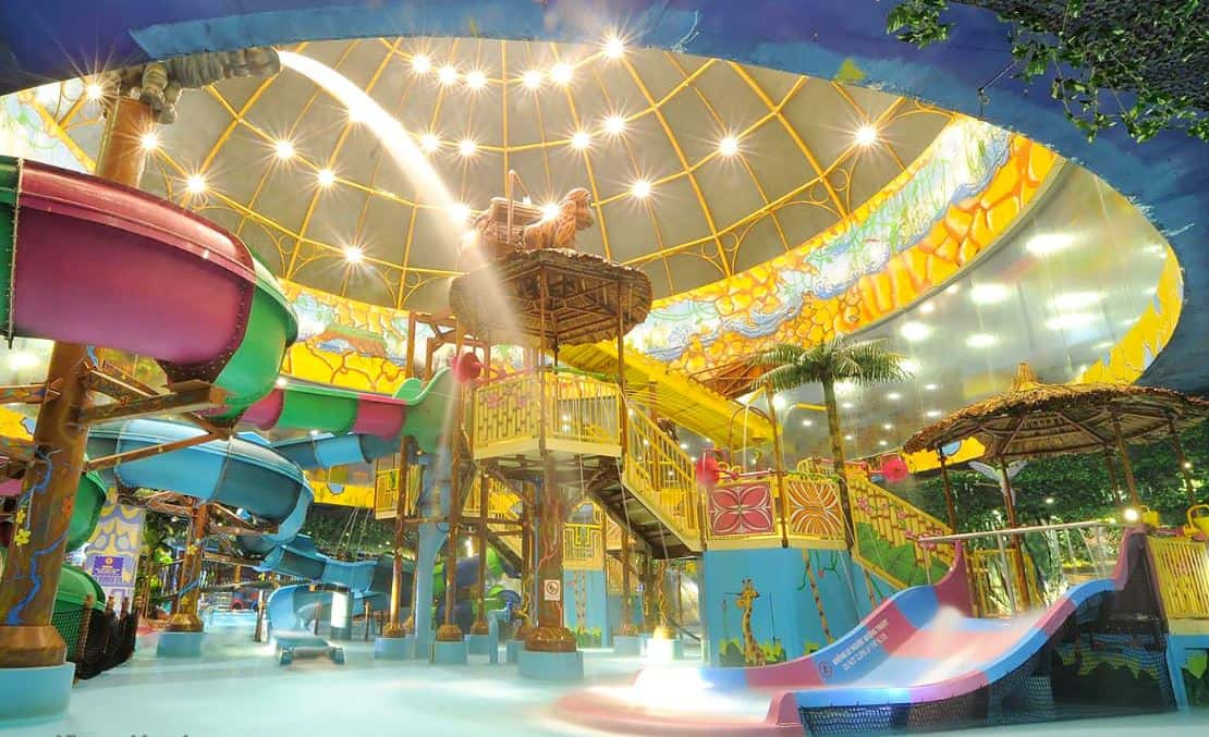 The indoor area Vinpearl land nha trang