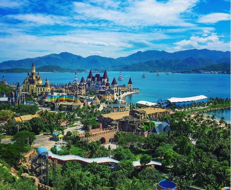 What to do in Vinpearl Land nha trang