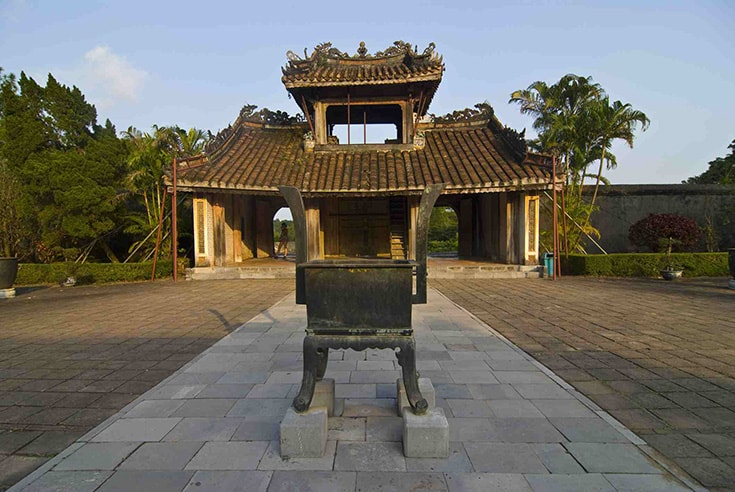 structure and arrchitecture of Tu Duc tomb
