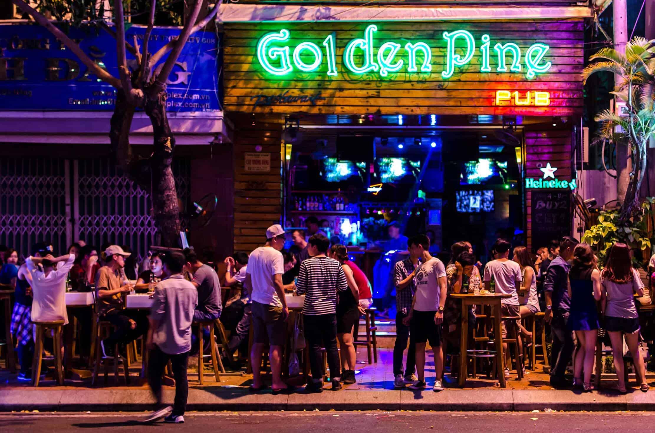 Golden Pine Pub Da Nang - best bars in Danang