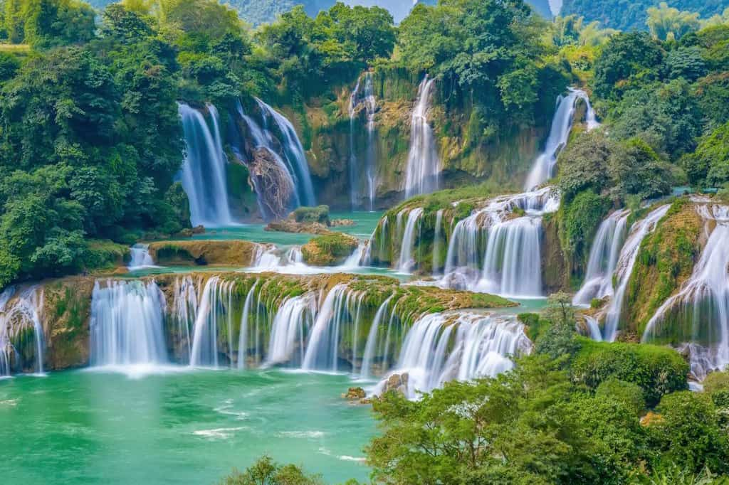 Highlights of Ban Gioc waterfall