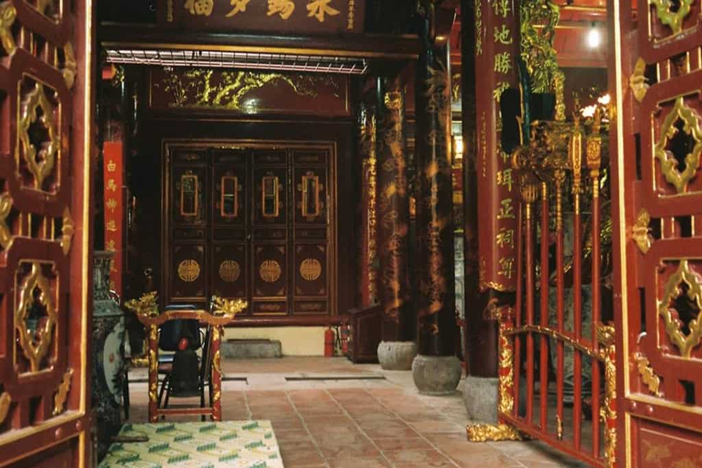 History of Bach Ma temple in Hanoi