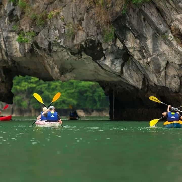 Halong Bay Kayaking Banned