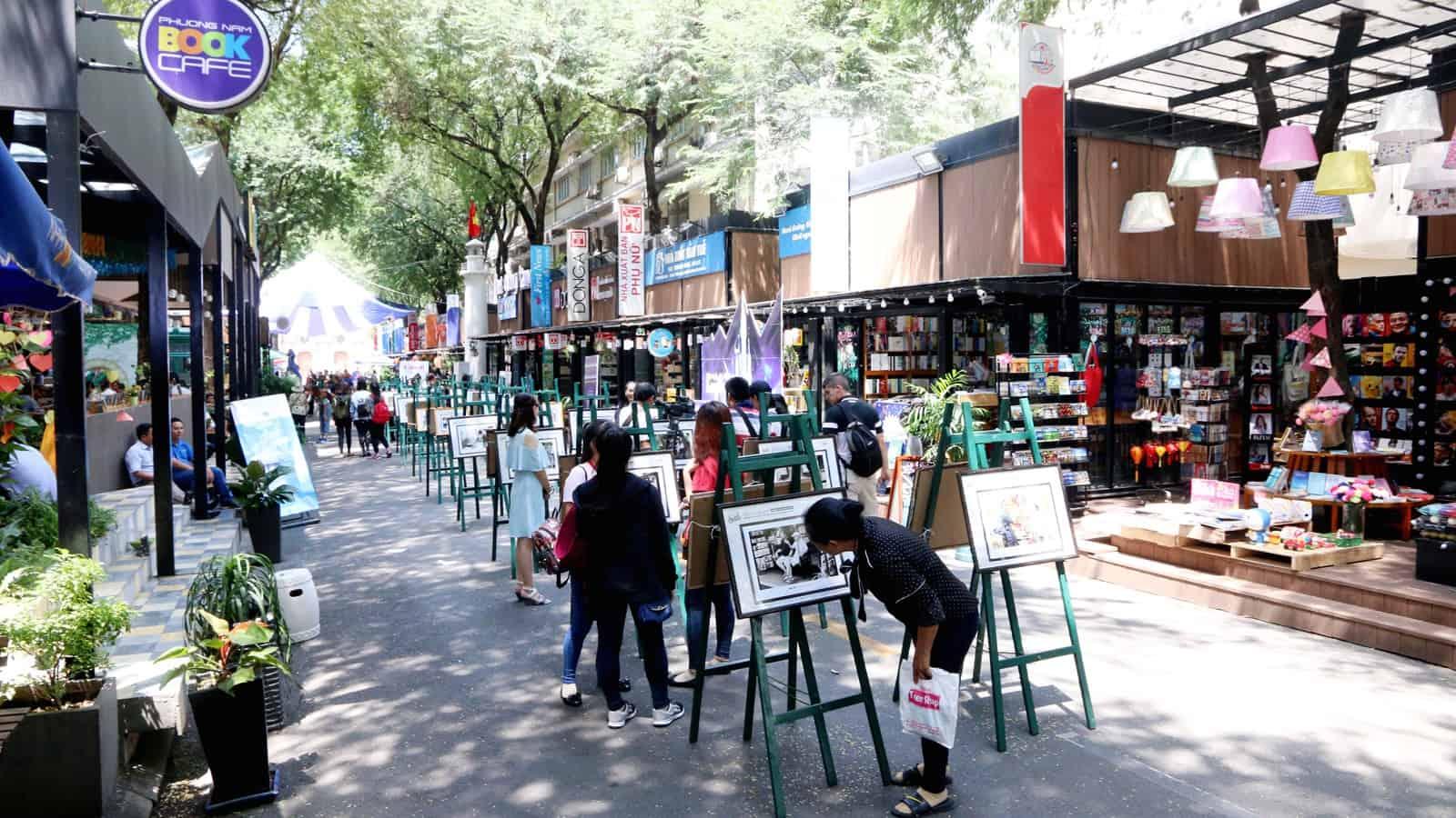 nguyen-van-binh-book-street