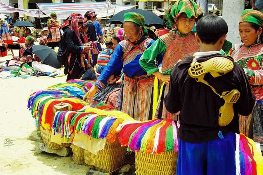 Bac Ha Sunday Market Get to