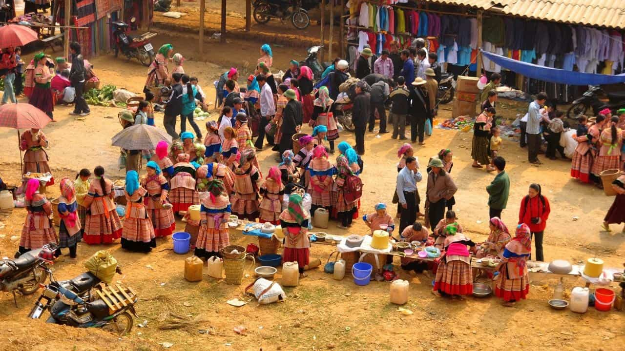 Bac Ha Sunday Market Structure