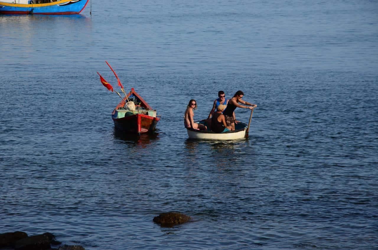 Bai Xep Beach Boat Trip
