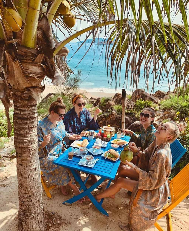 Bai Xep Beach Eat