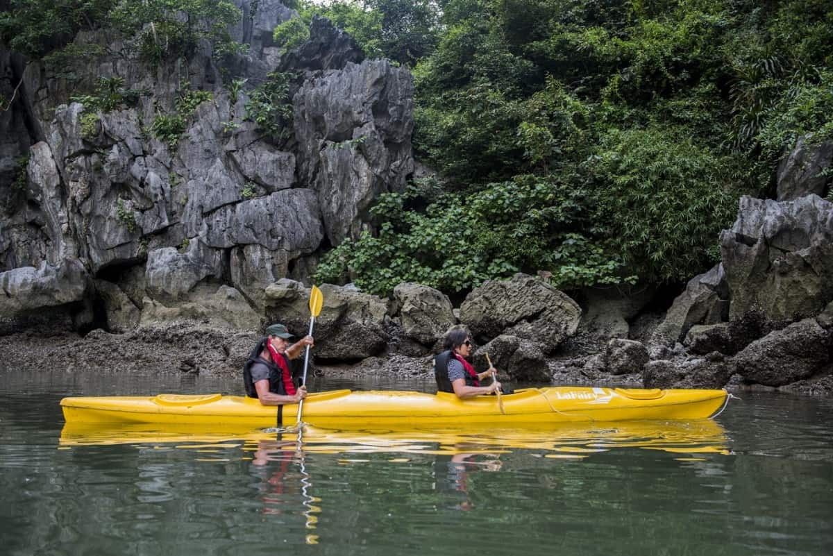 Best time to go for halong bay kayaking