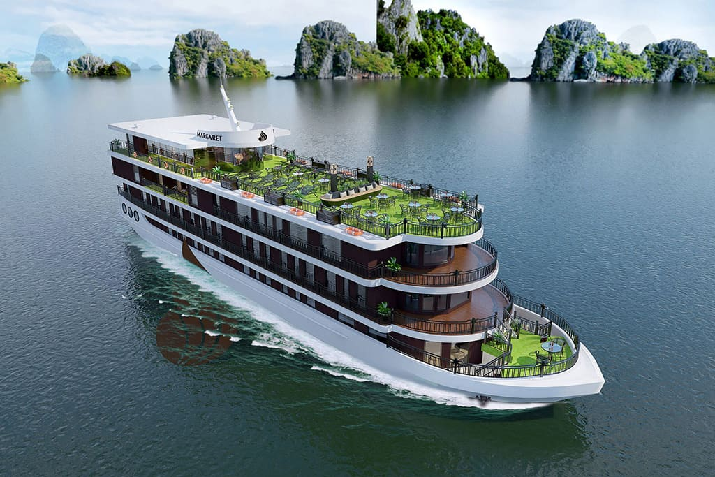 Cruise on Halong Bay - Things to do in Halong in December