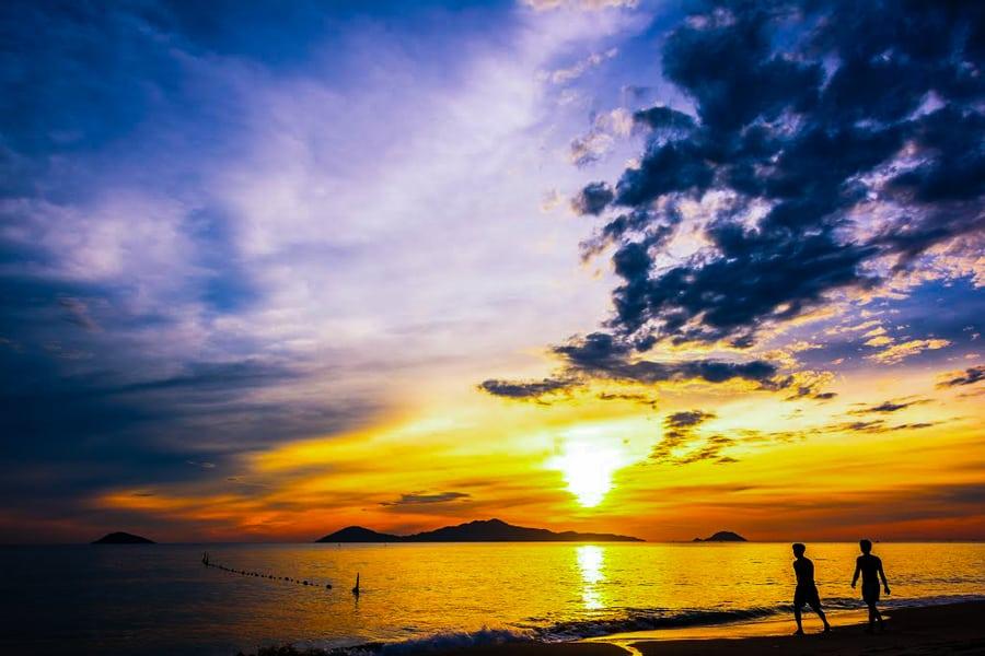Cua Dai Beach Tips
