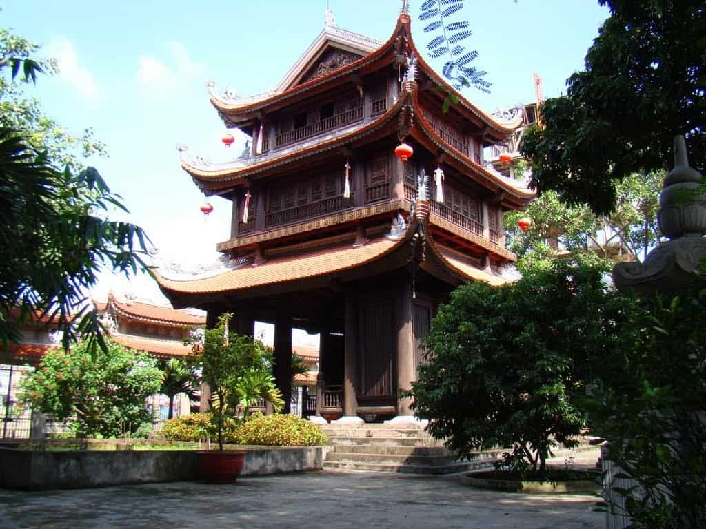 Dong Xam Silver Village Keo Pagoda