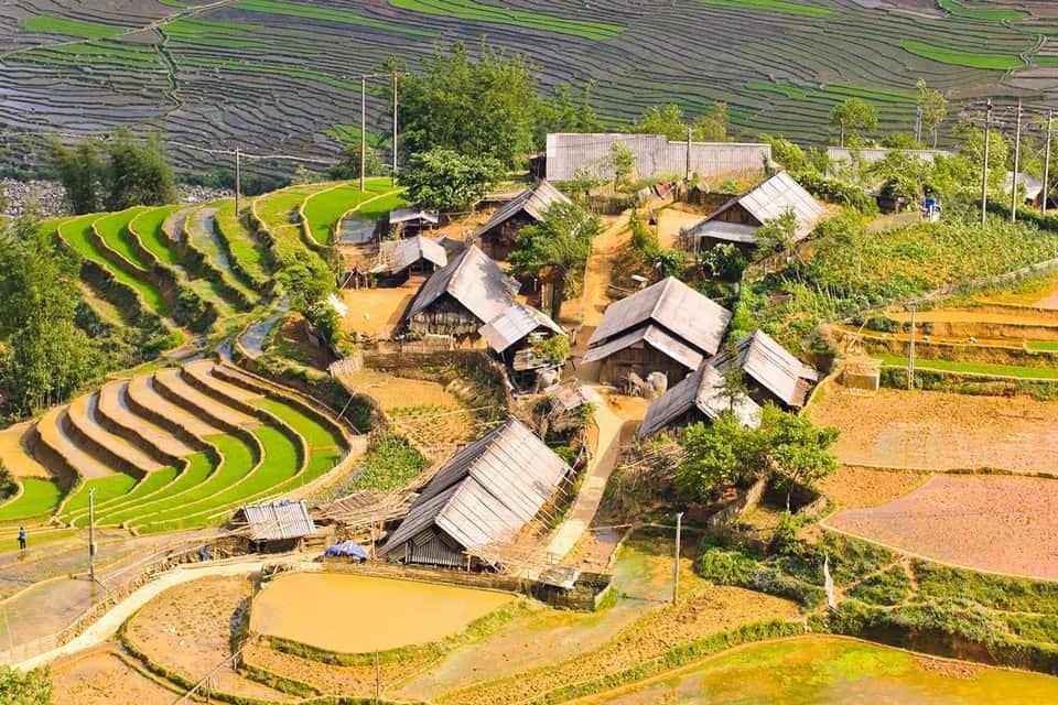 Houses of ethnic minorities in Ta Van Village