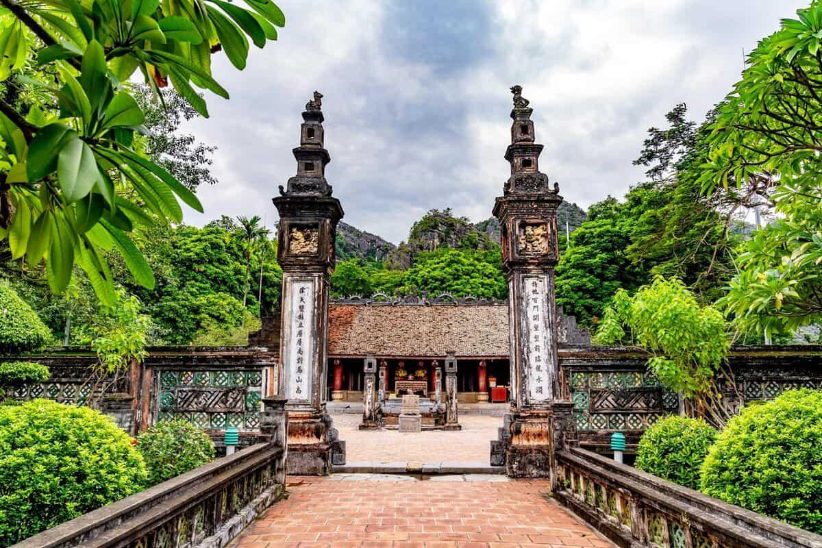 Trang An Complex Relic Sites