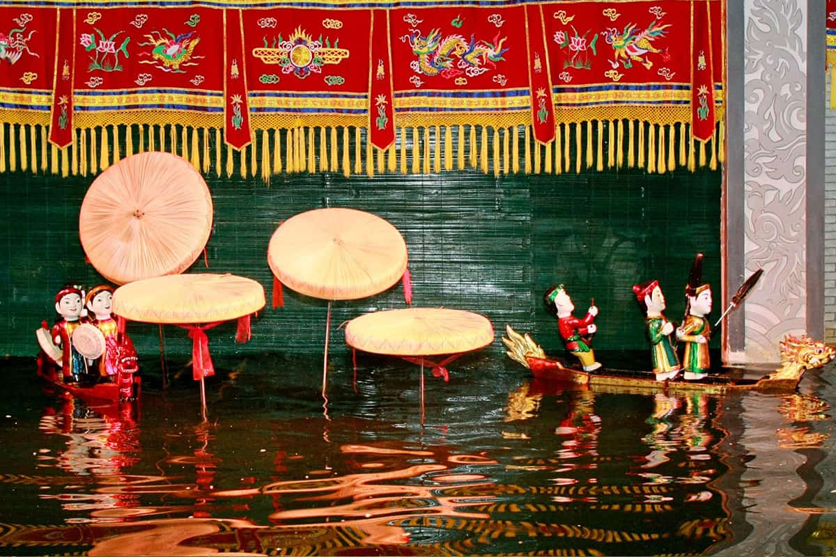 What to do in Water puppet theatre