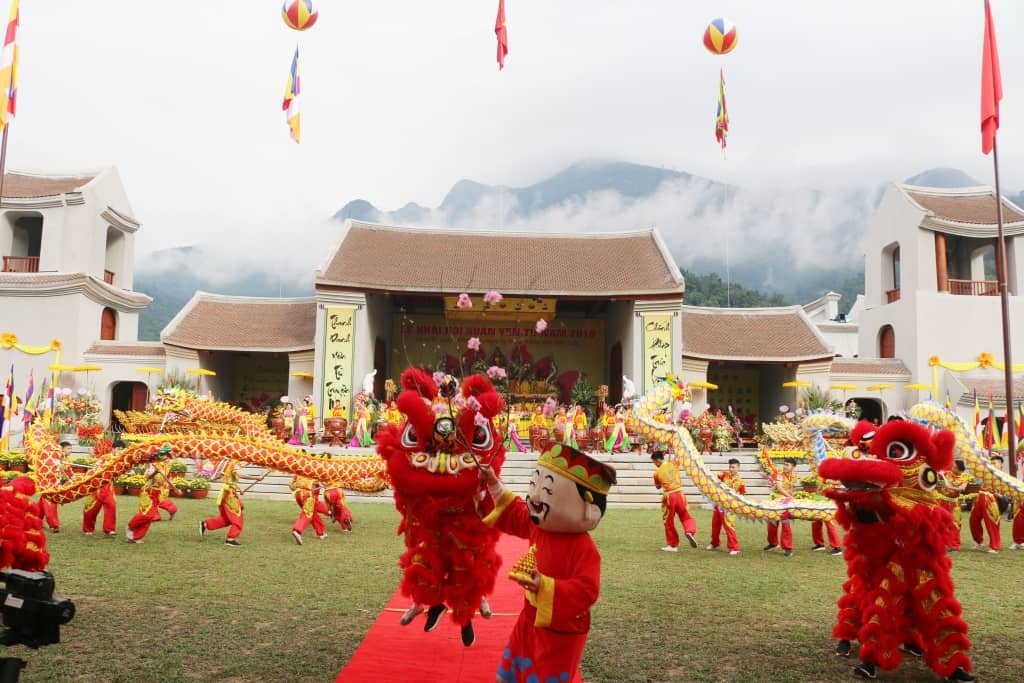 Yen Tu Festival Visit