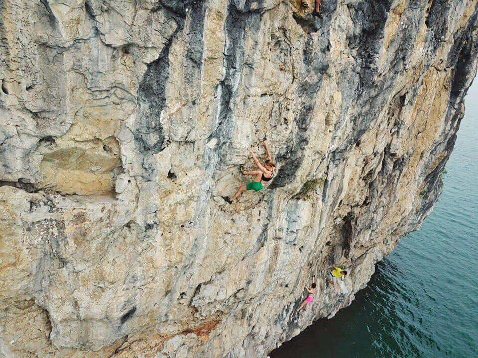 climb mountain - Halong bay in December