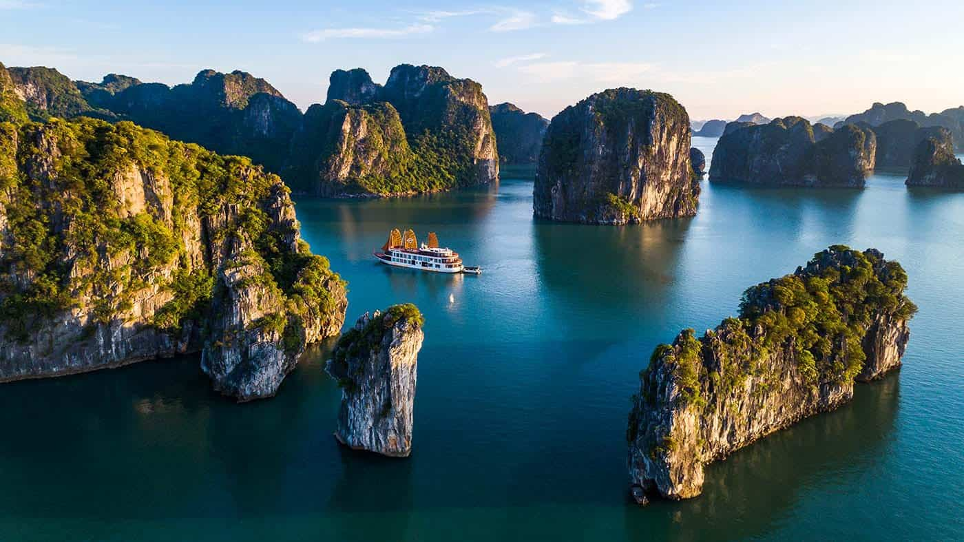 Unspoiled Bai Tu Long Bay Cruise 2 Days 1 Night with Swan Cruise