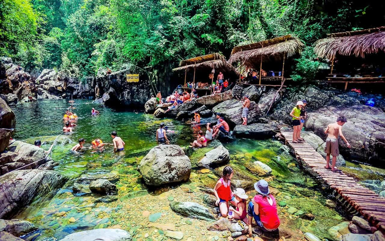 Trekking in A Roang A Luoi Tour 2 Days and 1 Night