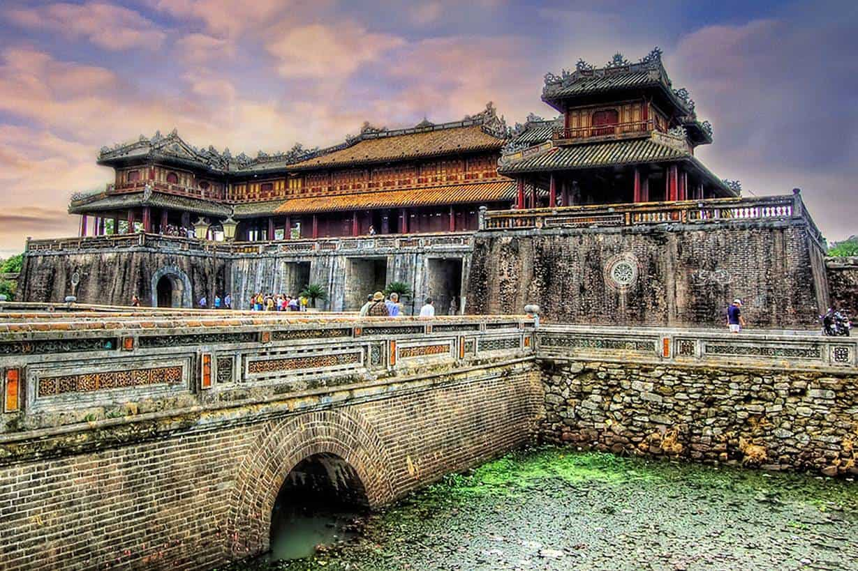Chan May Port to Hue City Day Tour