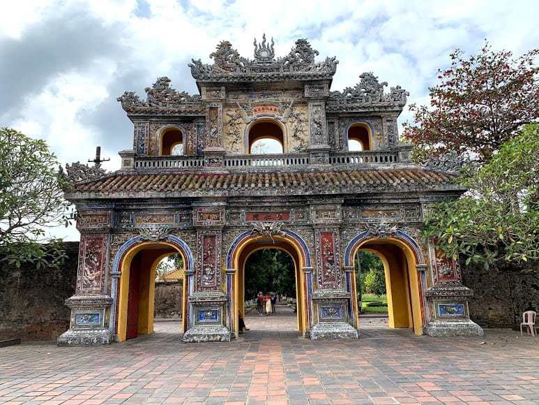 Contemplate imperial city - Things to do in Hue
