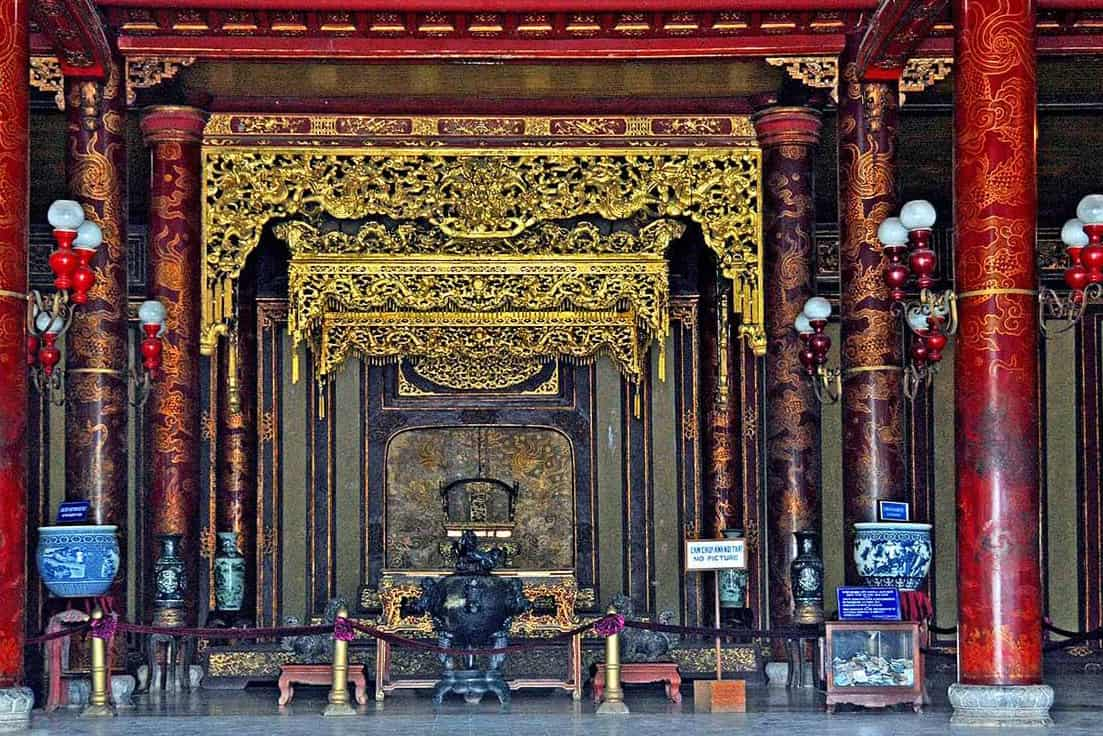 Highlights of Thai Hoa palace