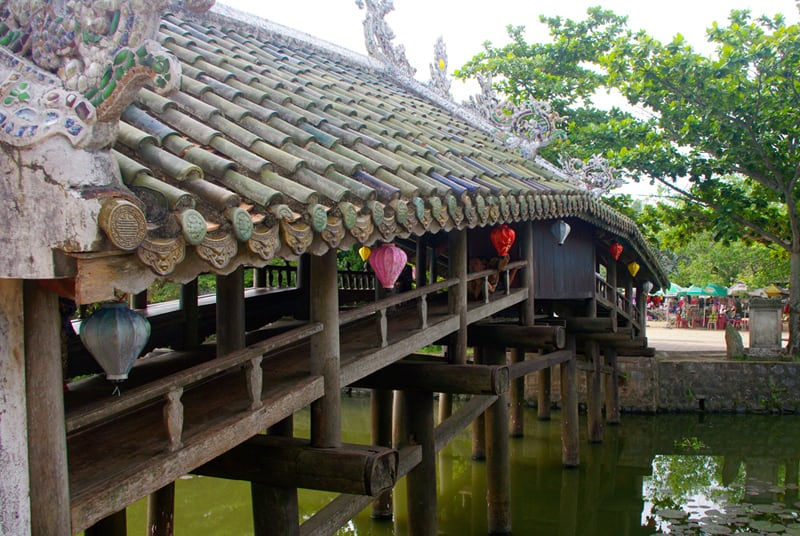 History of Thanh Toan tile-roofed bridge