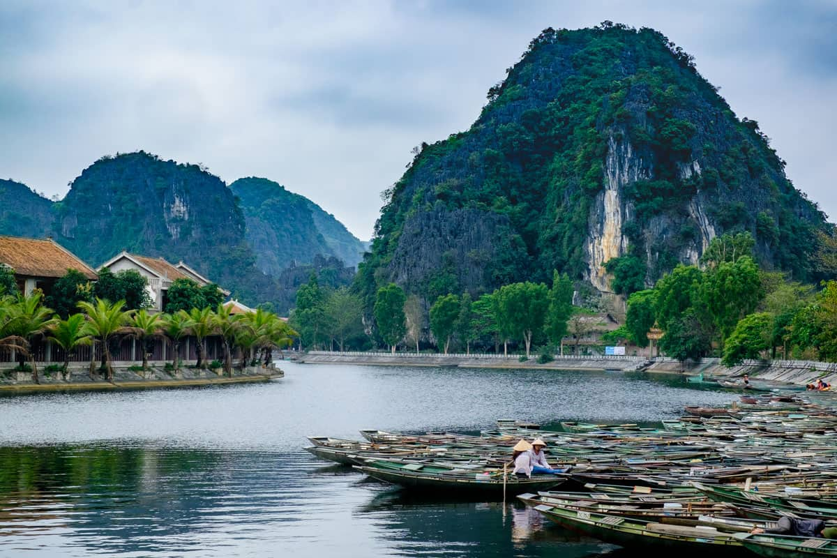 Hoa Lu - Tam Coc - Bich Dong Private Tour - 1 Day