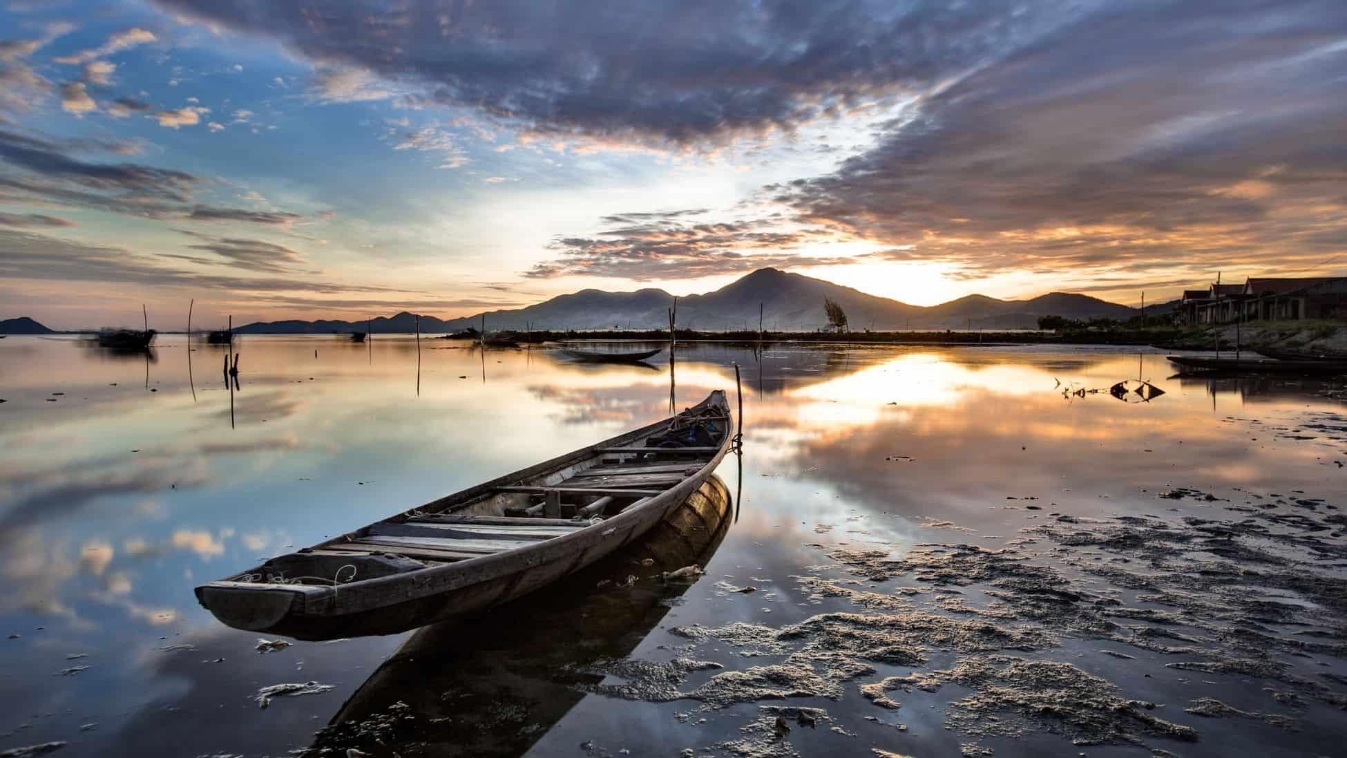 Sunrise on Tam Giang Lagoon Half-day Tour
