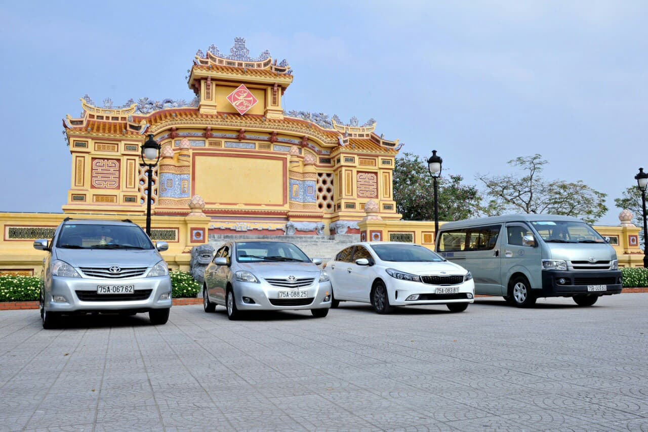 Travel from Hue to Hoi An by car