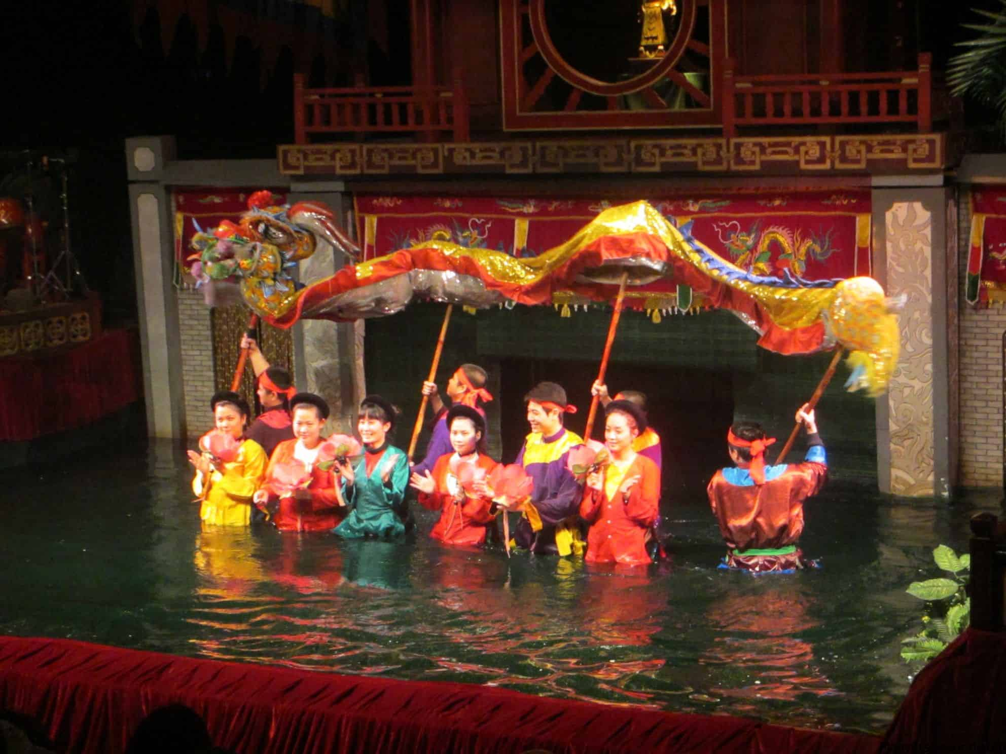 Hanoi Free Volunteer Guide and Water Puppet Show by Walking