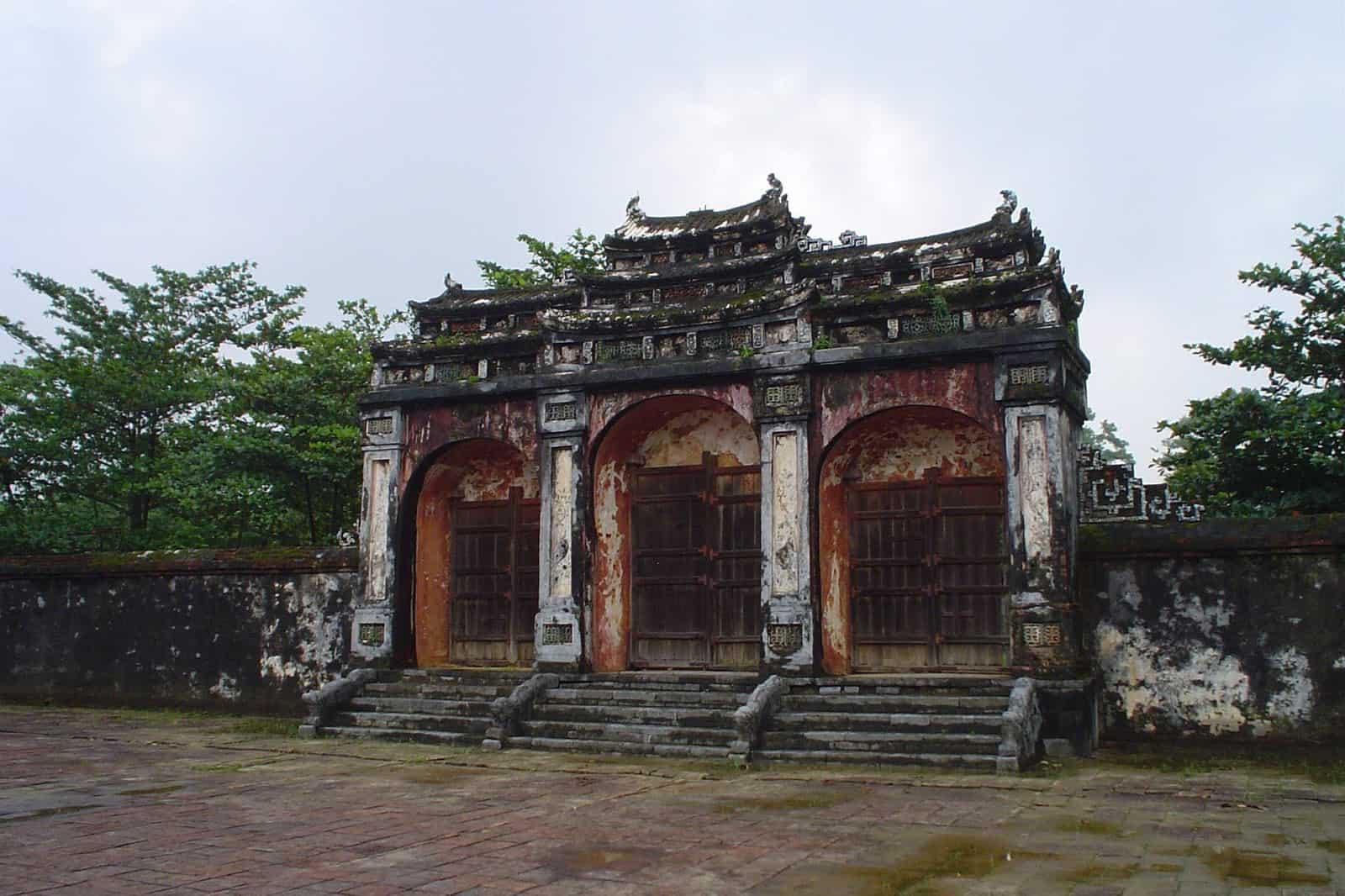 Dai Hong Mon Gate of Minh Mang tomb