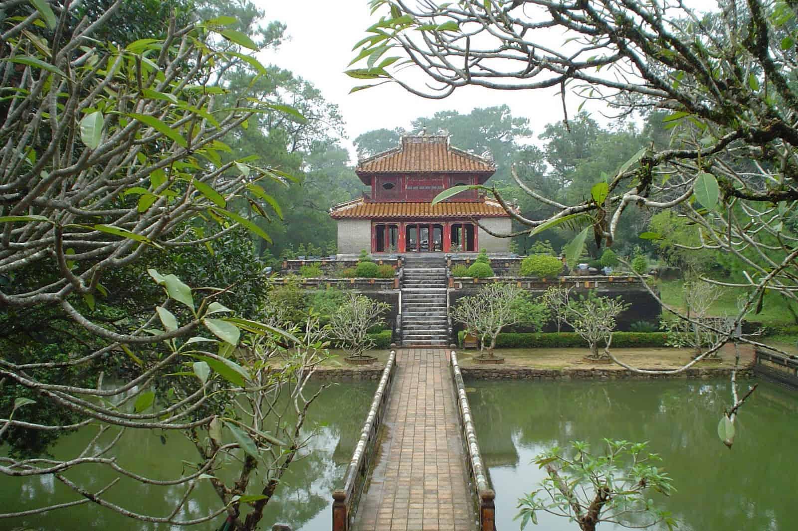 History of Minh Mang tomb