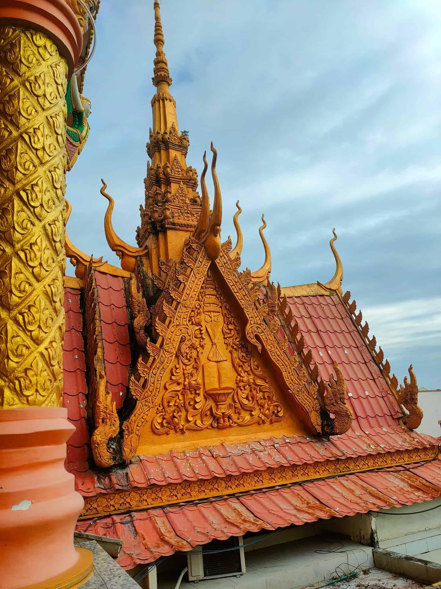 Pitu Khosa Rangsay Pagoda Art