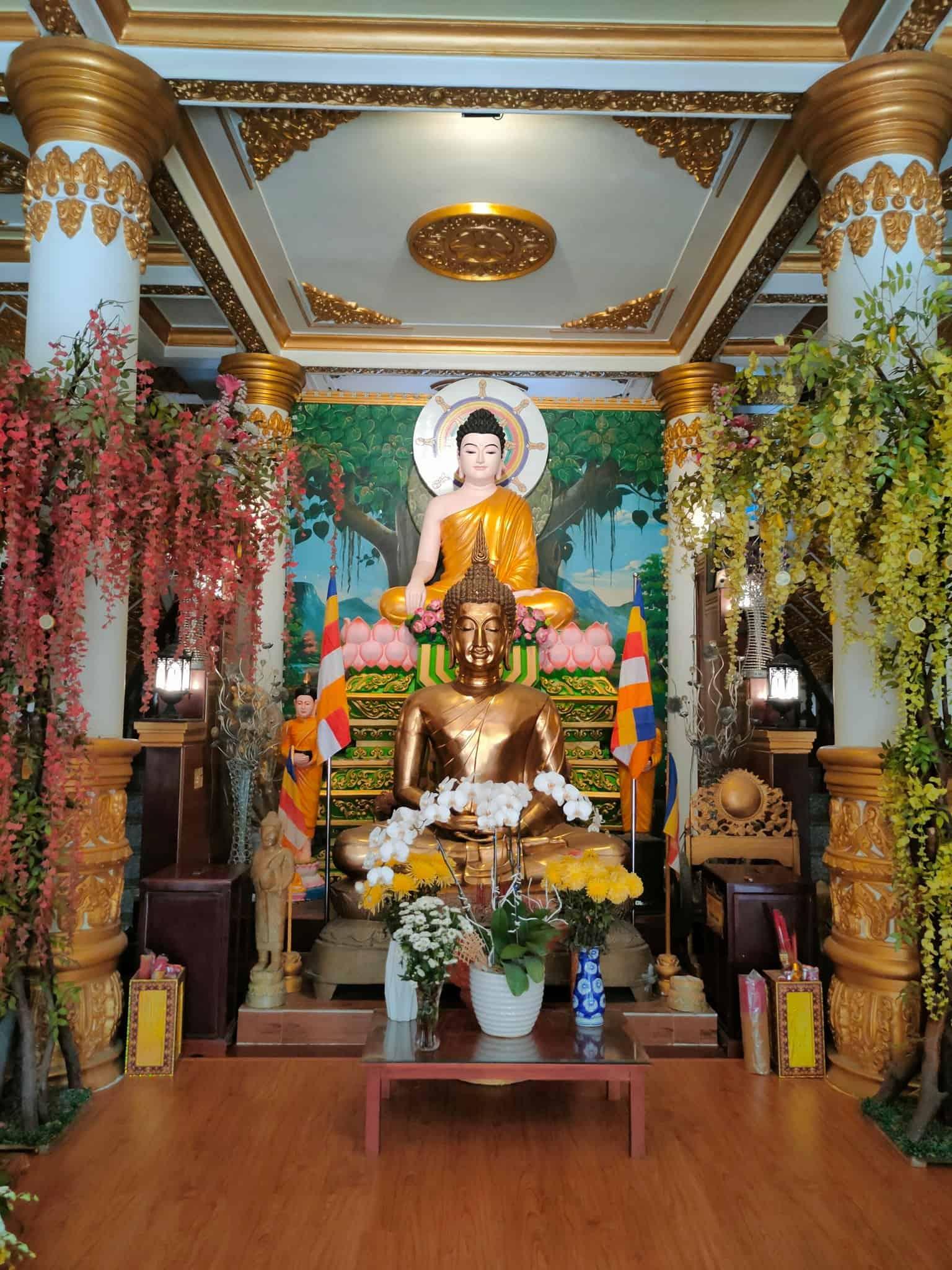 Pitu Khosa Rangsay Pagoda First Floor